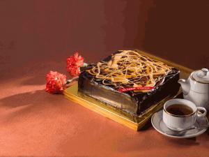 VS Pollock's Cake